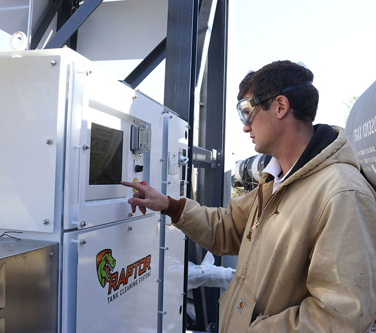 Raptor® system with state-of-the-art Safety protection and Touch Screen controls